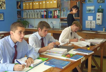Минобрнауки: число бюджетных мест в вузах РФ увеличится на 20 тысяч