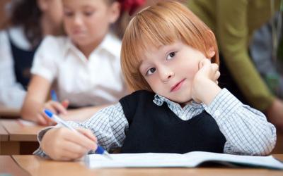 Дети РФ проводят в школах меньше времени, чем дети за рубежом