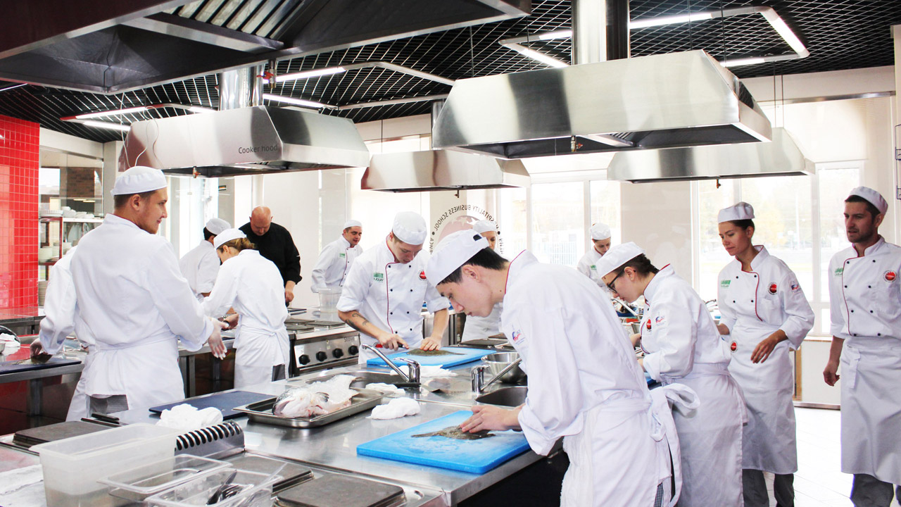 hospitality management culinary Aas in hospitality & culinary arts management 60 credits (4 semesters) this aas degree provides training in the various aspects of the hospitality industry.
